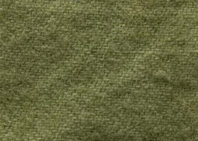 Leaf Green Hand dyed wool by Blackberry Primitives