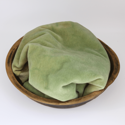 Peapod Hand dyed wool by Blackberry Primitives